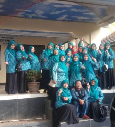 Persiapan Kegiatan Lomba Paduan Suara Tk. Kecamatan Banjaran PKK Desa Kiangroke dalam rangka HUT RI